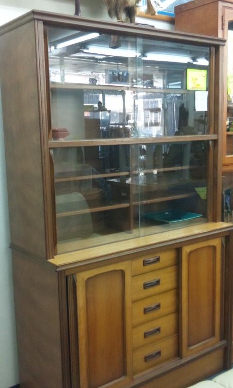 昭和レトロ食器棚
